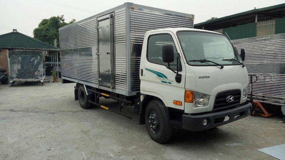 Hyundai 7 tan thung kin