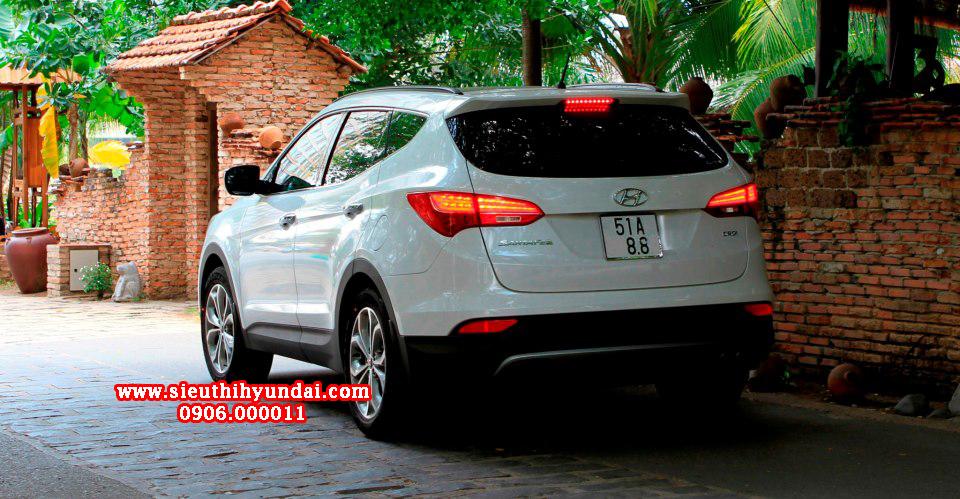 Hyundai Santafe 2013 bản full options tại Sài Gòn