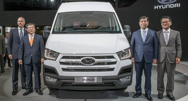 Hyundai-H350-xe-16-cho sieuthihyundai.com (1)