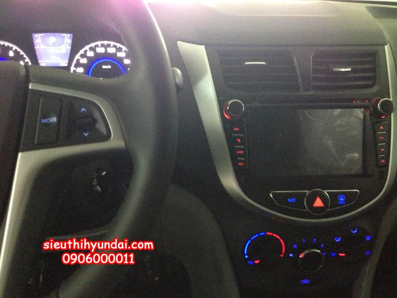 Đầu DVD tích hợp GPS của Hyundai Accent 2013