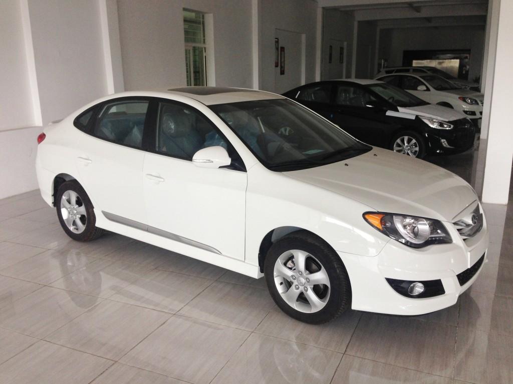 Hyundai avante 2.0